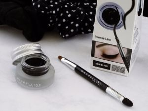 Maybelline Eyeliner Trend it up Nagellack 1