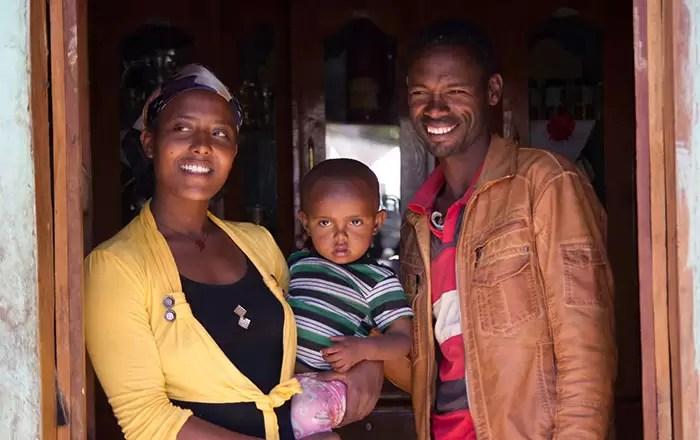Teferi-Zenebe-and-family