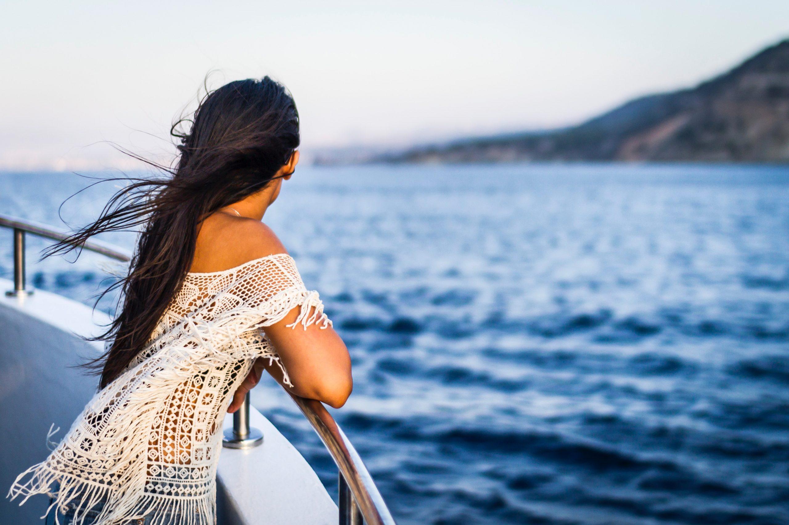 Solo traveler on a cruise ship