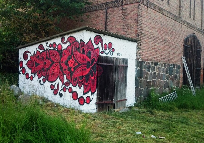 Red Khokhloma Pattern- Graffiti in forest- Ostap 2014