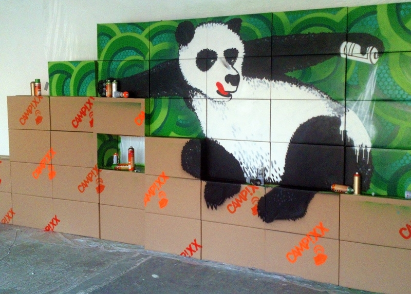 Panda Update-Indoor Graffiti-Auftrag-Nahaufnahme