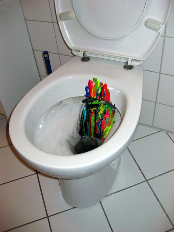 inspiration-flow-brainstorming-art-object-toilet-bowl-Ostapartist-2013