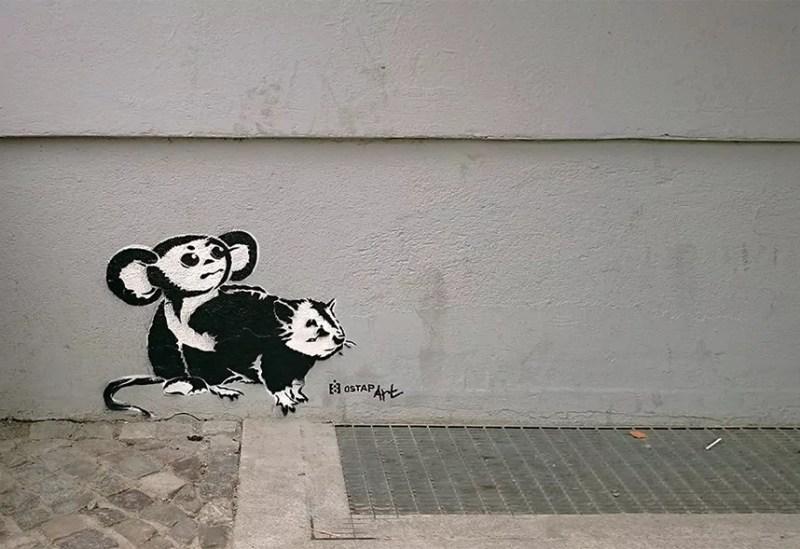 Chscheburaschka vs bansky -Ratte- Stencil-graffiti-Berlin-ostap-2013