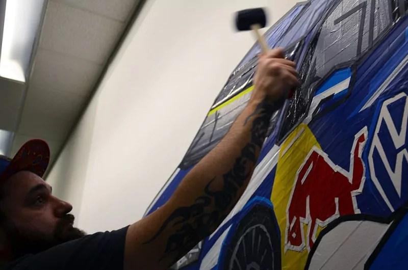 Haemmern-fertiges Tape-Graffiti-Racing-Cars