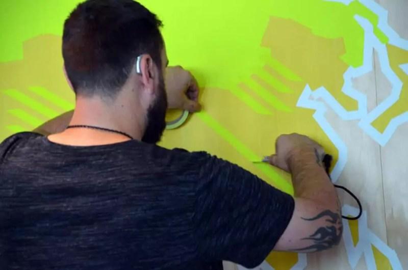 tape-artist-ostap-at-work-google-office-design-commission-2016
