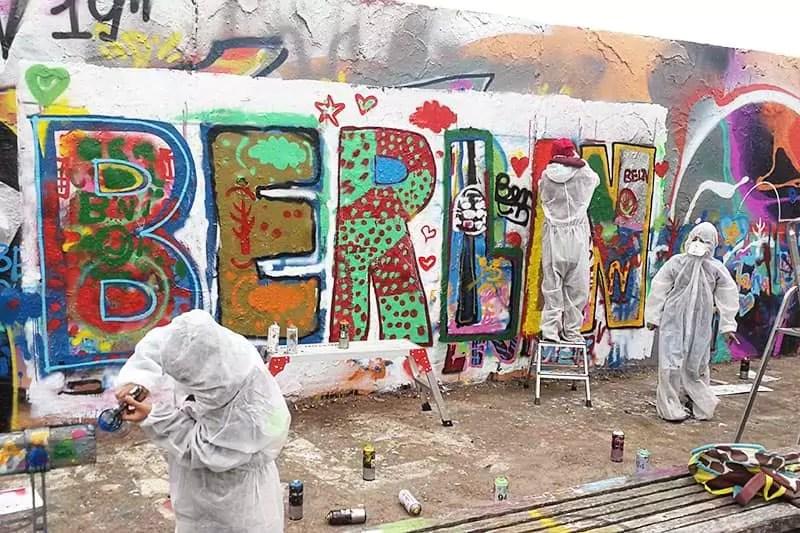 """Graffiti Schriftzug """"BERLIN""""- Das gemeinsames Kunstwerk"""