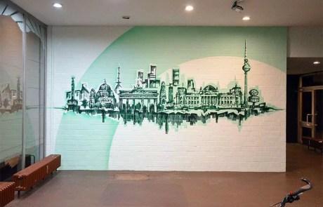 Skyline- Wand-Kunstwerk im Foyer- Soziales Projekt-Urban Nation-2017