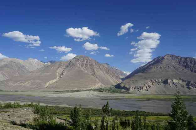 First tantalising glimpses of the Hindu Kush from the Wakhan valley