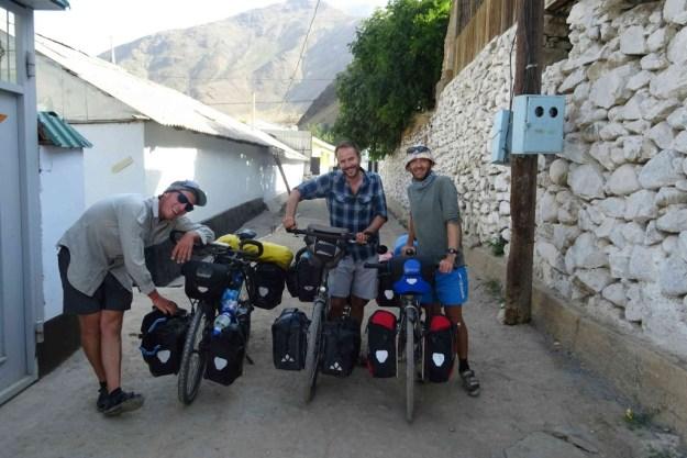Finally leaving Kalai Khumb with Timo & Iain