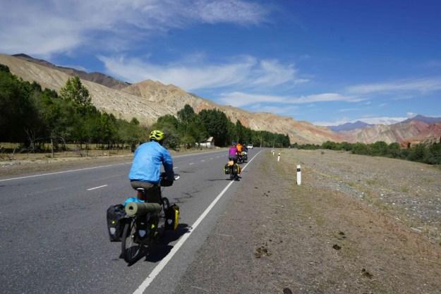The Sary Tash cyclist bottleneck!