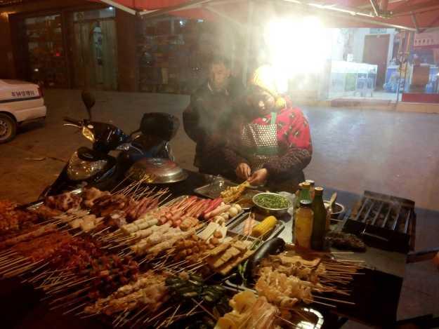 Street food in Garze