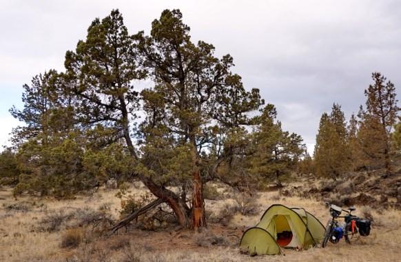 Wildcamp near Smith Rock, Oregon