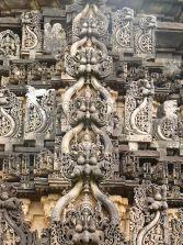 800px-Chikkamagalur_Amruthapura_kirthimukha_retouched