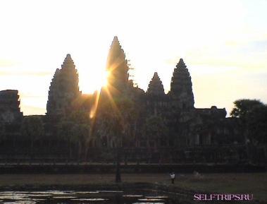 Комплекс Ангкор Ват самостоятельно.