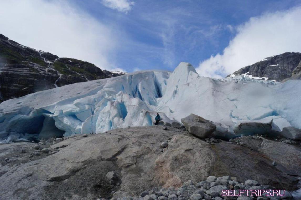 Ледники Briksdalsbreen и Nigardsbreen