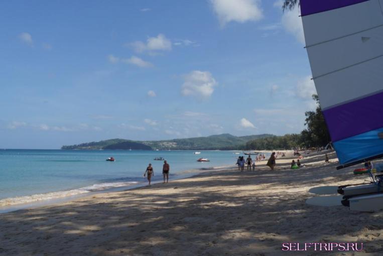 Пляж Банг-Тао, Пхукет