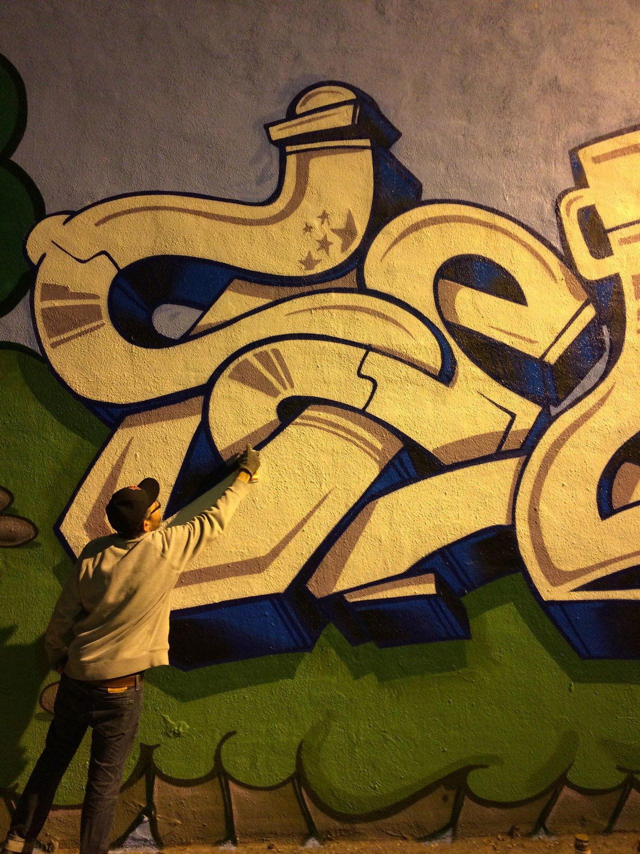 self selfuno wall mural art graffiti style letters painting action los angeles january 2014