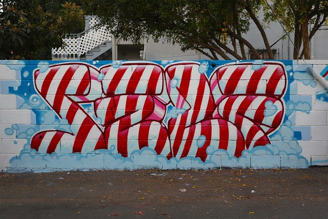 self selfuno graffiti hollywood los angeles piece letters candy cane november 2014