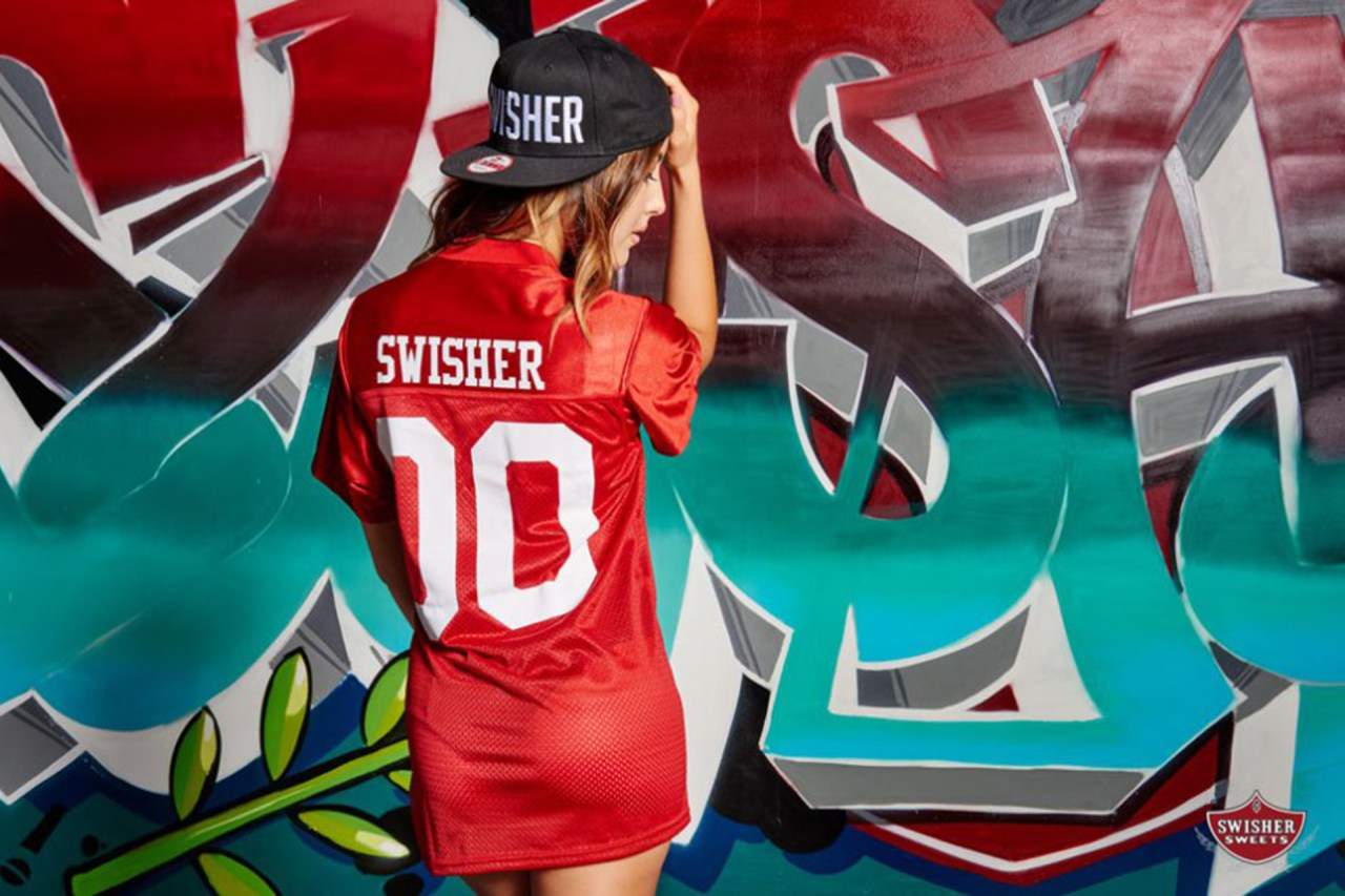 swisher sweeties photoshoot graffiti wall mural selfuno commission painting Kelsie