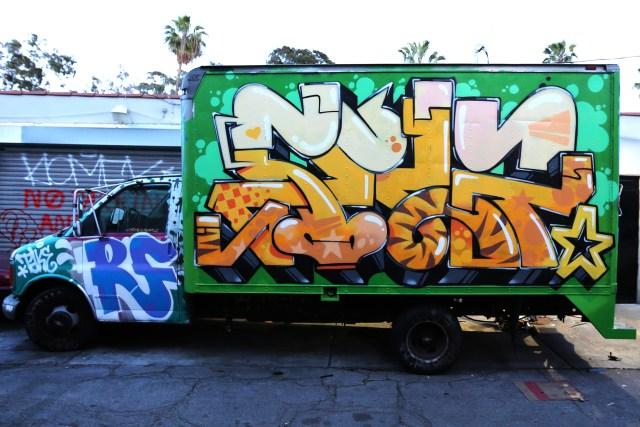 self uno take4 rf graffiti truck los angeles fairfax funk orange march 2017