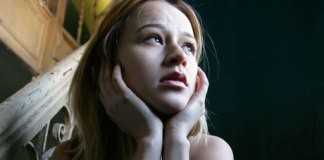 Recognize the Symptoms of Depression after the Loss of a Parent by familywills.com.au