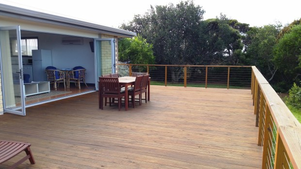 Large deck with goreous seaviews