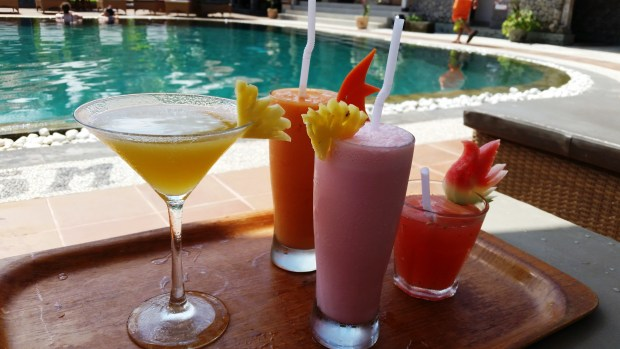 yummy cocktails by the pool