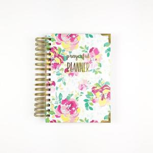 Prayerful Planner | Best Gifts to Give Yourself for Your New Year | Selina Almodovar | Christian Relationship Blogger | Christian Relationship Coach