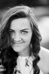 Jenna Arnold - WorthyLovedEnough - How God Transforms Relationships - Selina Almodovar - Christian Relationship Blogger - Christian Relationship Coach