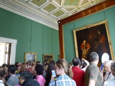 One of the crowds in the Rembrandt room.