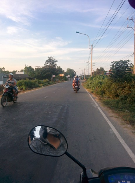 Motorbiking in Tra VInh.