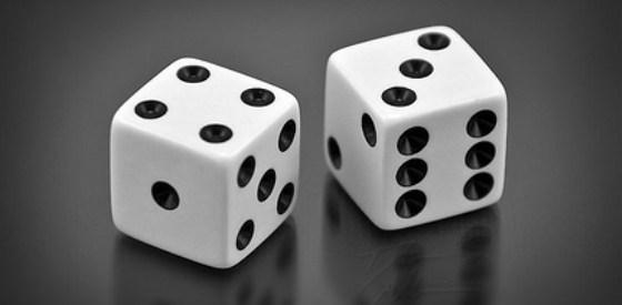 Число семь плюс-минус два (7±2)
