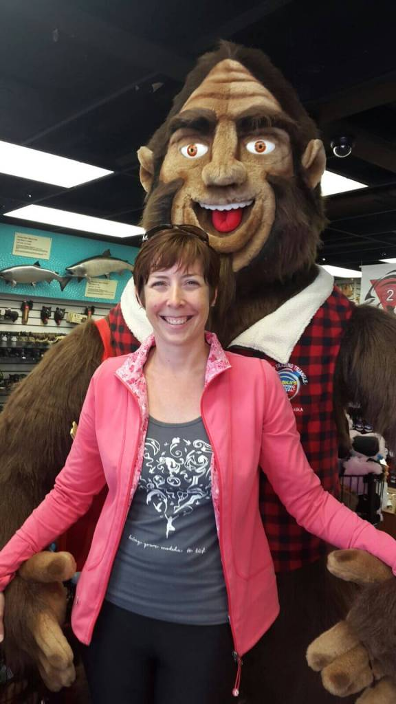 Watch it Bigfoot, getting a little close to my honey!