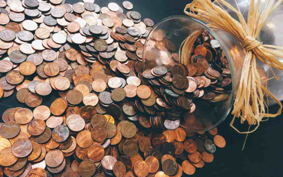 How to Gain Control Of Your Finances and Start Saving Money