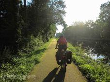 Canal du Rhone au Rhin au soleil tombant