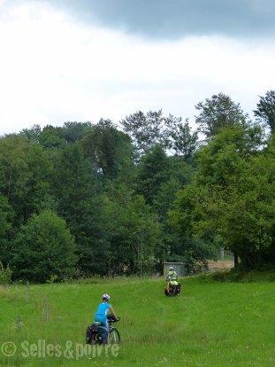 Direction l'étang de Saulotte pour notre premier bivouac
