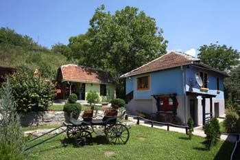 Etno kuća Torlaci