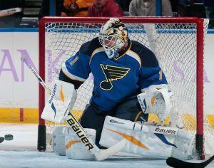 NHL goaltender Brian Elliott demonstrates proper glove positioning while in butterfly