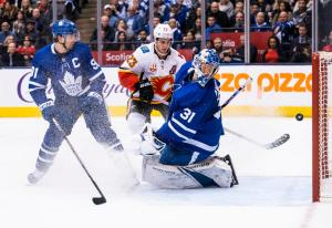 Toronto Maple Leafs goalie Frederik Andersen is in the top 5 in NHL goalie wins, but has had his rough stretches throughout the 2019-20 campaign