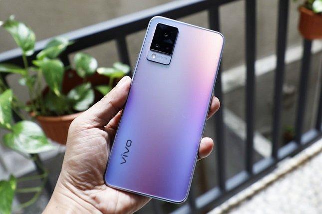 Vivi V21 5G tampilan