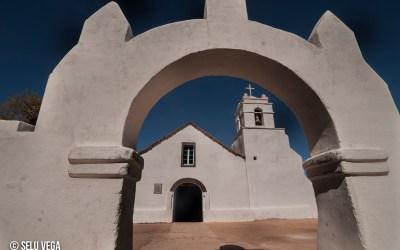 Iglesía de San Pedro de Atacama Fotografía arquitectónica en el norte de Chile
