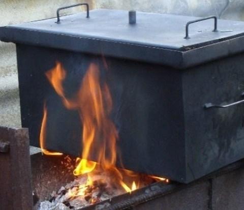 Как выбрать коптильни горячего копчения для дома