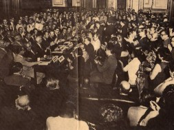 1971-MasseraenelactodefundaciondelFrenteAmplio(Montevideo,PalacioLegislativo,5defebrero)