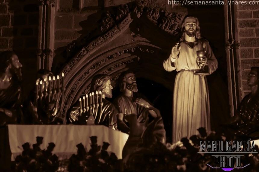 Santa Cena momentos antes de regresar a Santa María La Mayor.