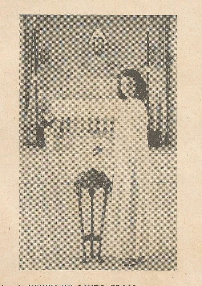 Selene Queiroz na pira do templo de São Lourenço, MG.