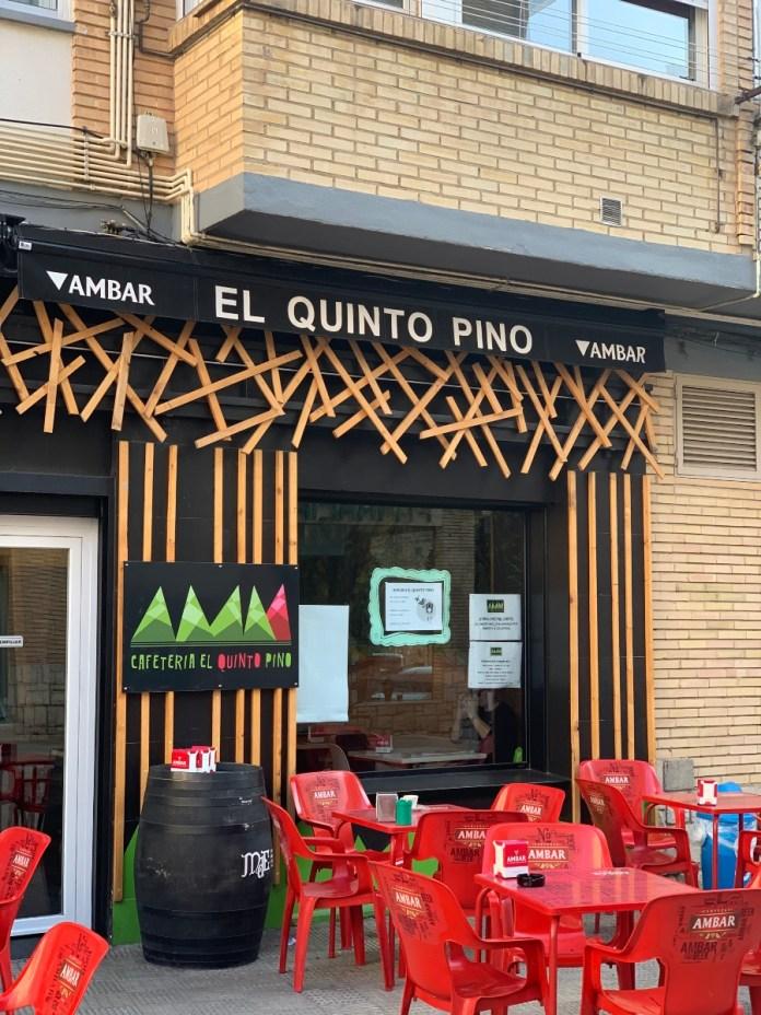Puerta bar El quinto Pino Tudela