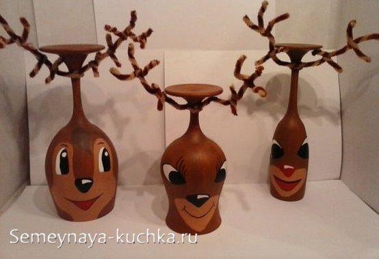 новогодний подсвечник из бокала олень
