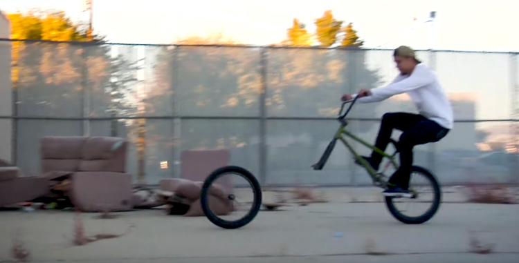 "screen capture from TATE ROSKELLEY ""HEADLIGHTS"" VIDEO PART"