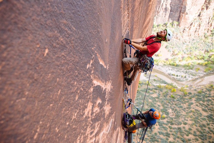 Ethan Newman leads a pitch of Lunar Ecstasy in Zion National Park [photo by Matty Van Biene]