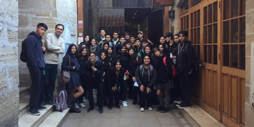 ESTUDIANTES VISITAN IGLESIA Y MUSEO SAN FRANCISCO